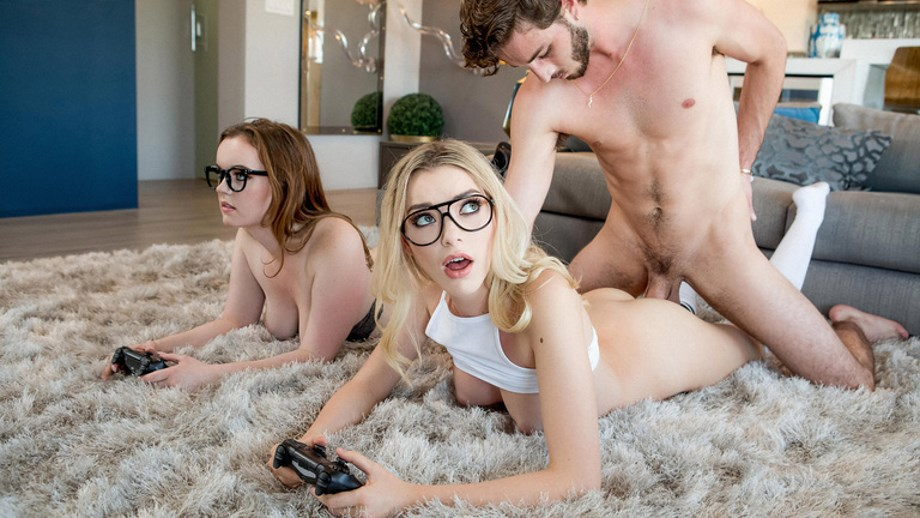 Game Thrones Lesbian Scene