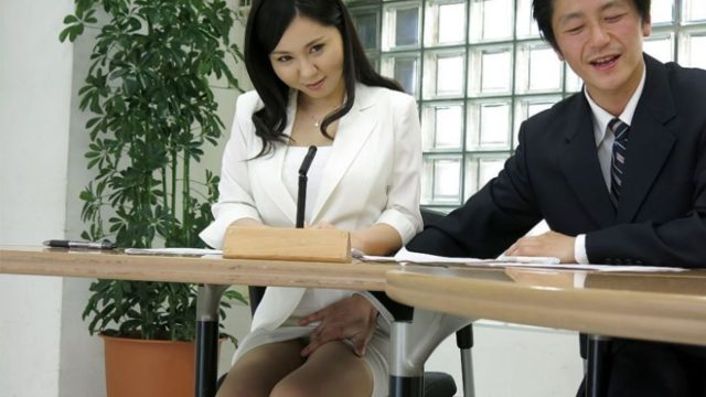 JapanHDV – Sucks cock during the news – Miyuki Ojima
