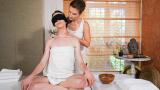 MassageRooms – Erotic blindfold lesbian massage – Jenifer Jane – Adel Morel