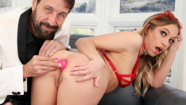Drilled – Butt Plug And Proper Ass Fucking Maked The Best Gift – Khloe Kapri